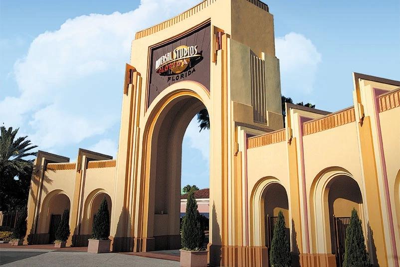 universal-studios-florida-arches-c-new.jpg